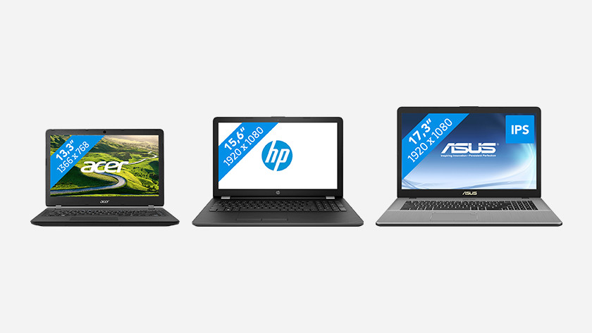 Drie laptops in verschillende groottes naast elkaar.