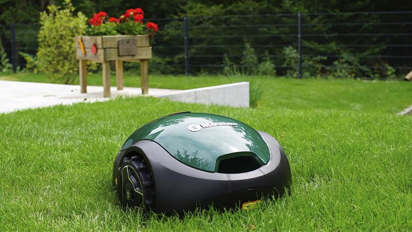Robomow robotmaaier in gras