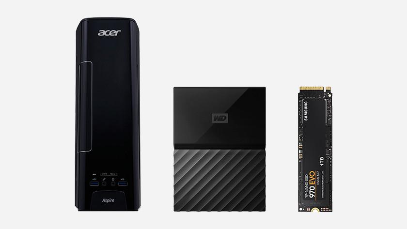 Een Acer Aspire desktop, WD harde schijf en Samsung SSD.