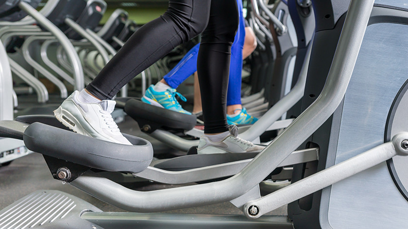 burn calories on an elliptical