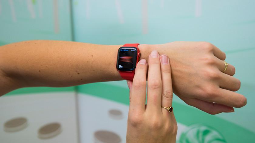 Apple Watch Series 6 blood oxygen sensor