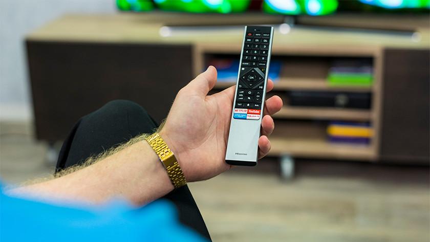 Afstandsbediening van de Hisense H55O8B OLED tv