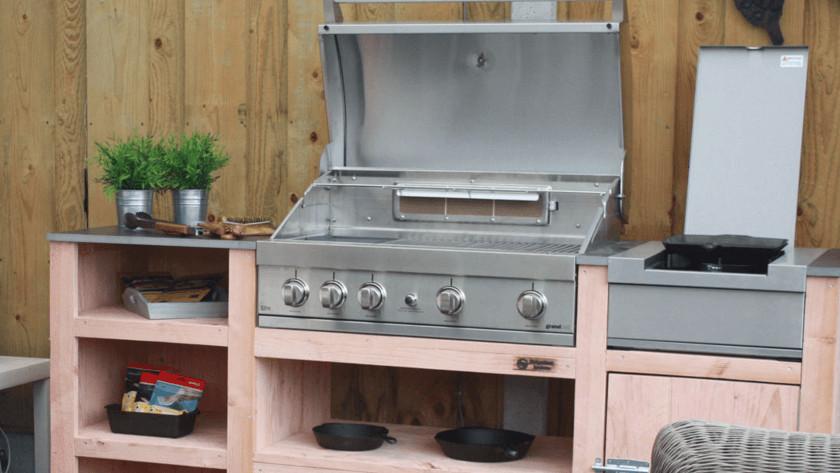 Inbouw barbecue met zijbrander