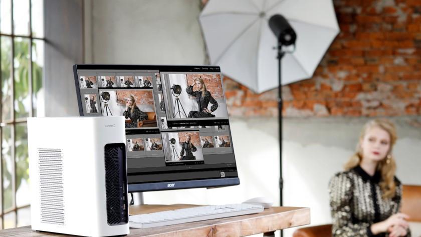ConceptD desktop met ConceptD monitor.