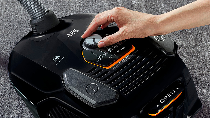 Cleaning performance and vacuum cleaning