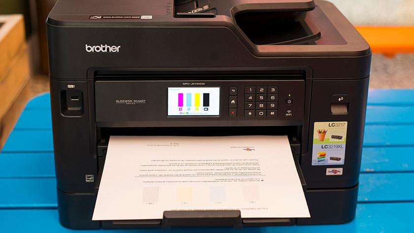 Printer prints