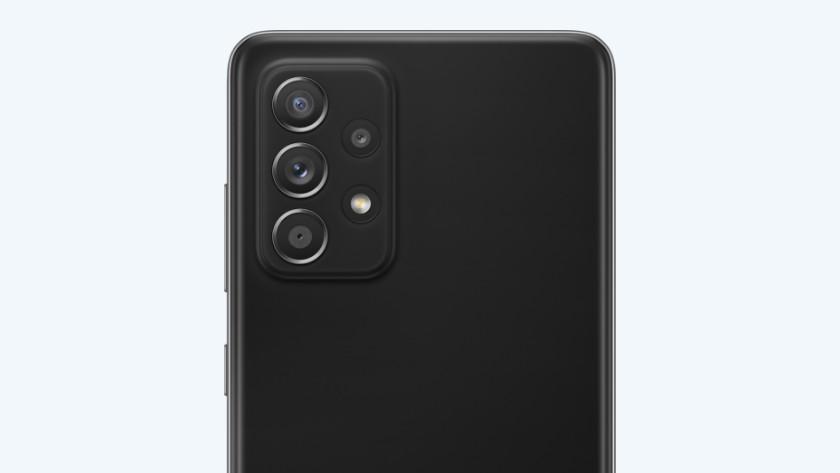Samsung A52 or A72 camera