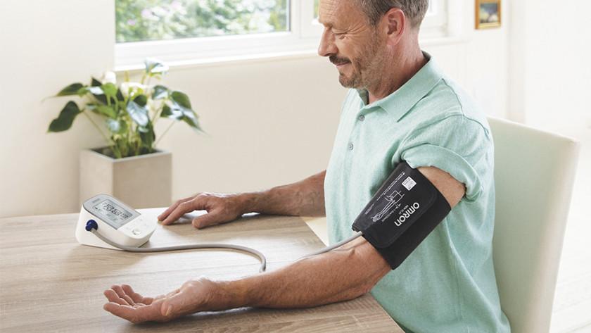 Bloeddrukmeter om bovenarm
