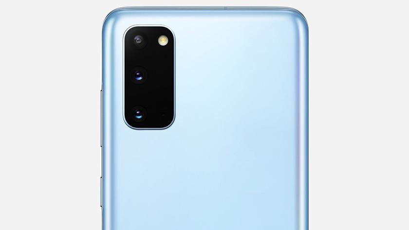 Samsung S20 or S20 FE camera