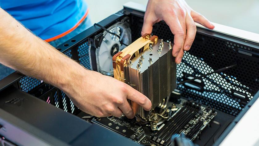 Plaats processorkoeler pc