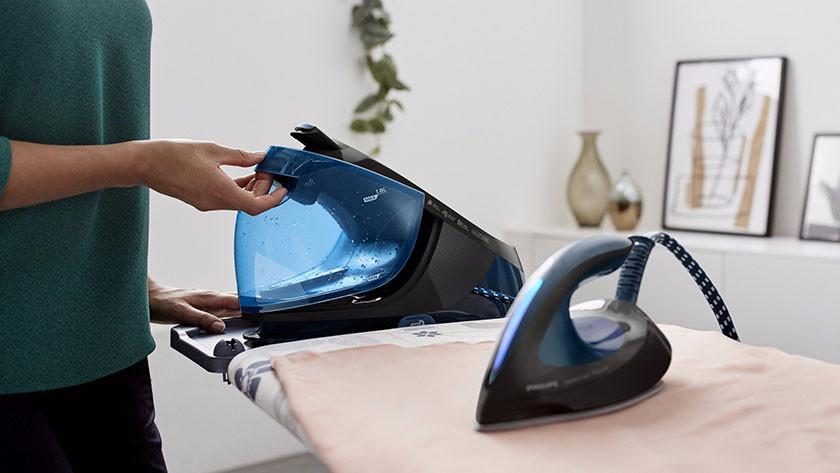 Steam generators for ironing large amounts