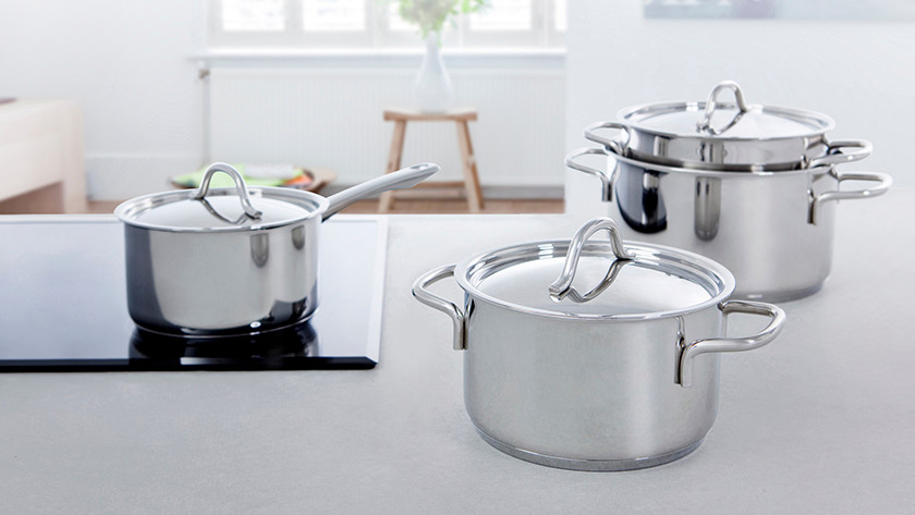 Different sizes of BK Profiline pans