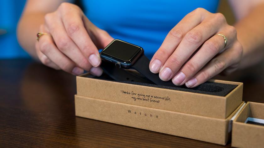 Refurbished Apple Watch uitpakken