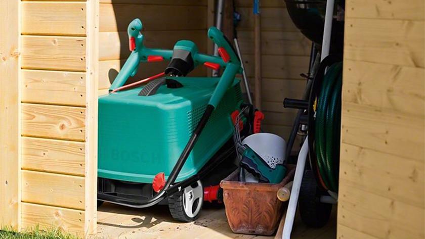 Maintain lawn mower