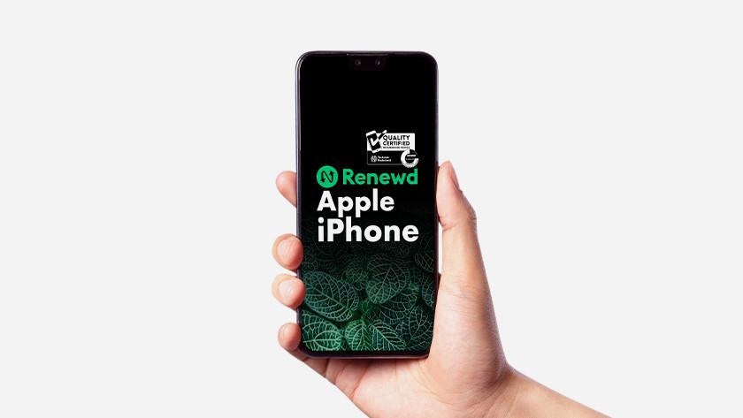 iPhone met Renewd logo