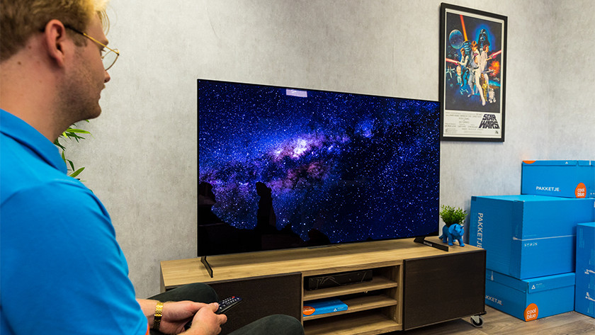 Kijkhoek en reflecties van de LG GX OLED tv