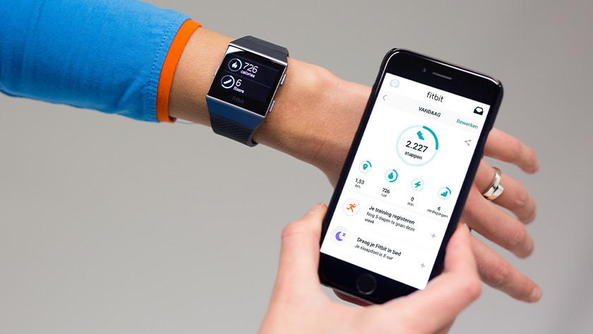 Fitbit koppelen aan smartphone