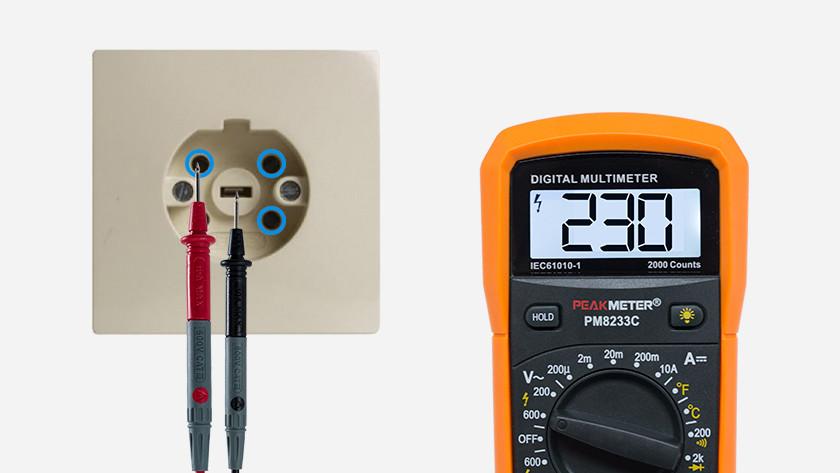 Measure perilex socket with multimeter