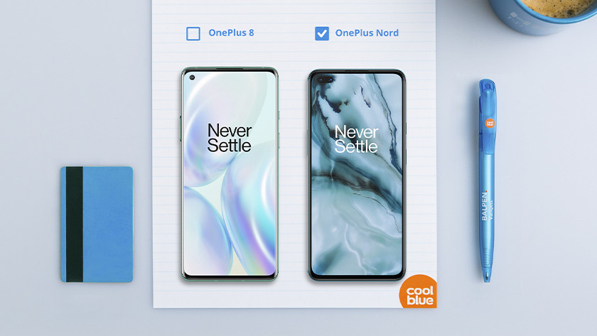 Screen OnePlus Nord vs OnePlus 8