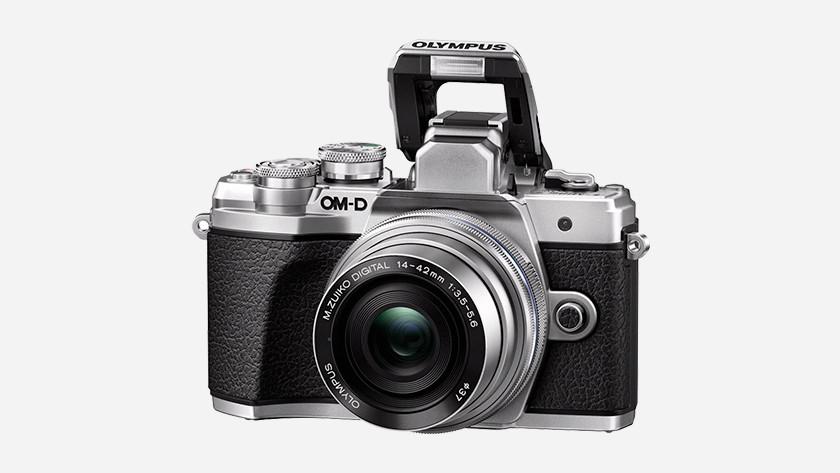Size mirrorless camera