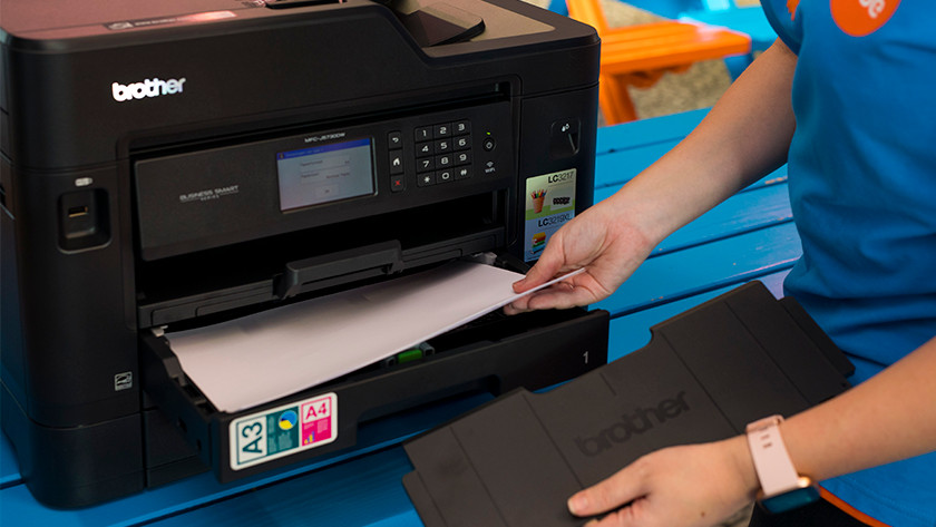 Brother printer papier inleggen