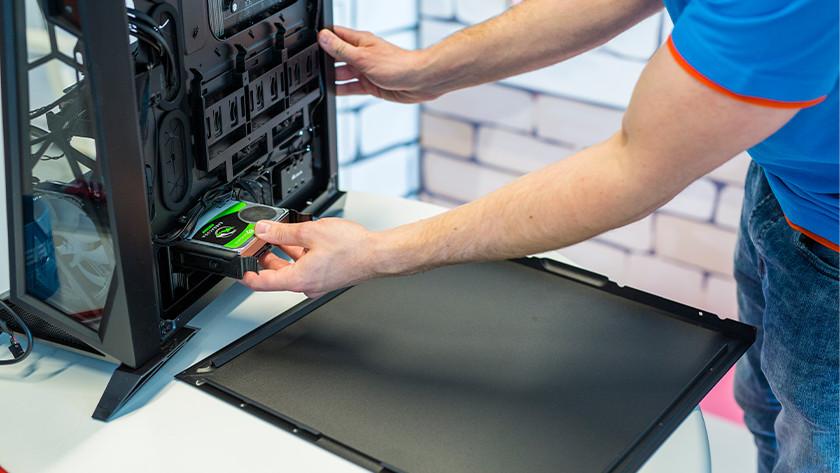 SSD voorzichtig uit je desktop verwijderen