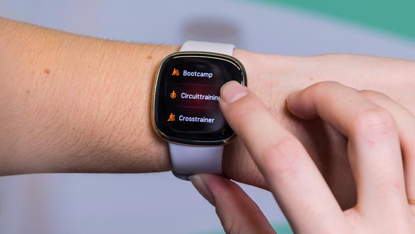 Fitbit Sense workouts meten