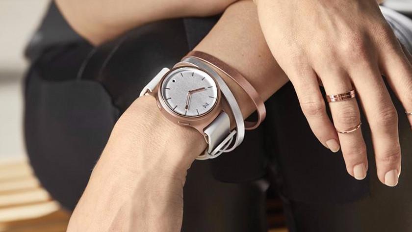 Hybrid watch on wrist