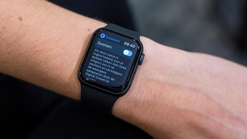Inzoomen op Apple Watch
