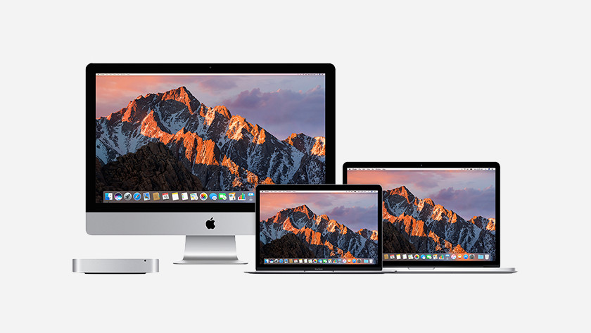 Apple apparaten naast elkaar.