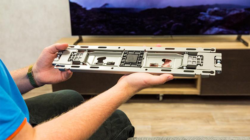 Meegeleverde muurbeugel van de LG GX