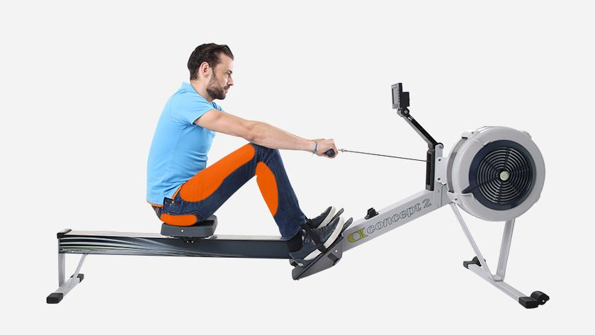 Beenspieren en bilspieren trainen roeitrainer