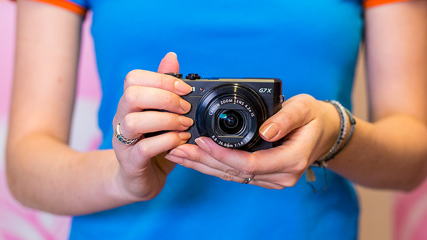Size compact camera