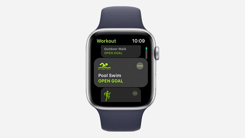 Start swim workout on the Apple Watch