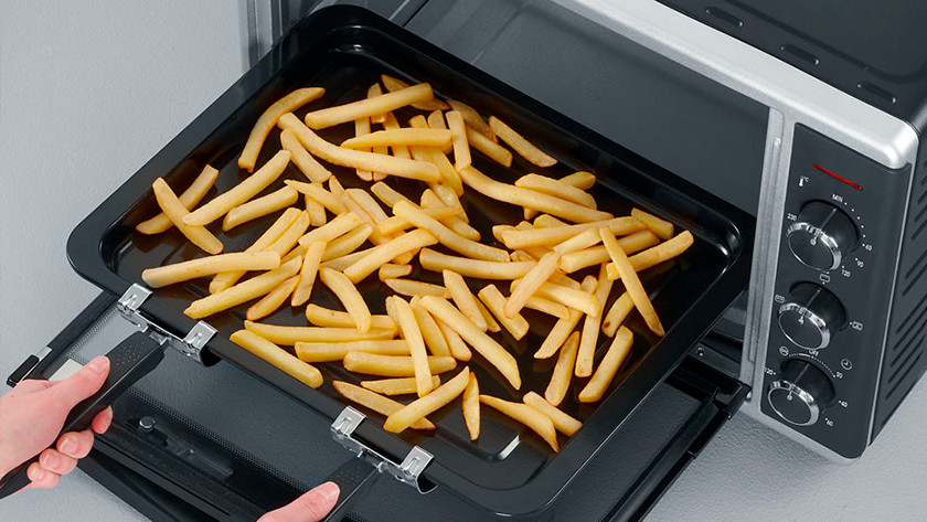 Oven with fries