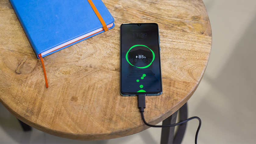 Fast charging protocol Huawei SuperCharge, OnePlus Warpcharge, OPPO Super VOOC Flash Charge