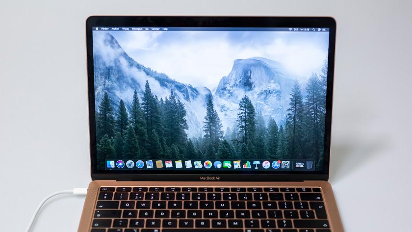 Het beeldscherm van een MacBook Air.