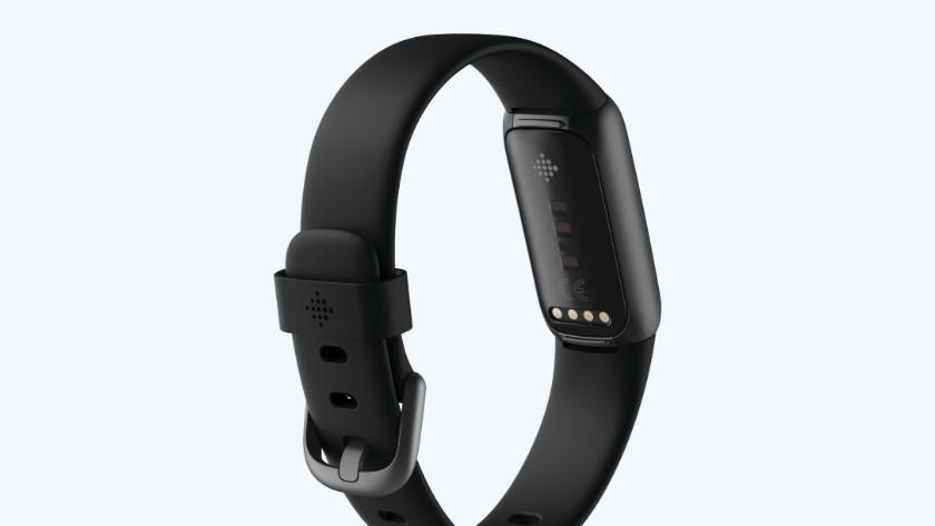 Fitbit Luxe sensor achterkant