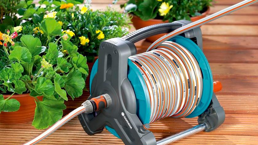 Garden hose storage system