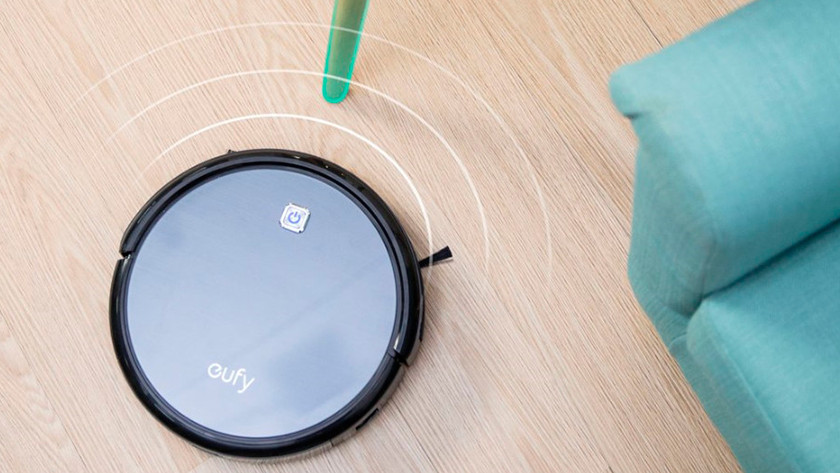 Robot vacuum gets to know the house