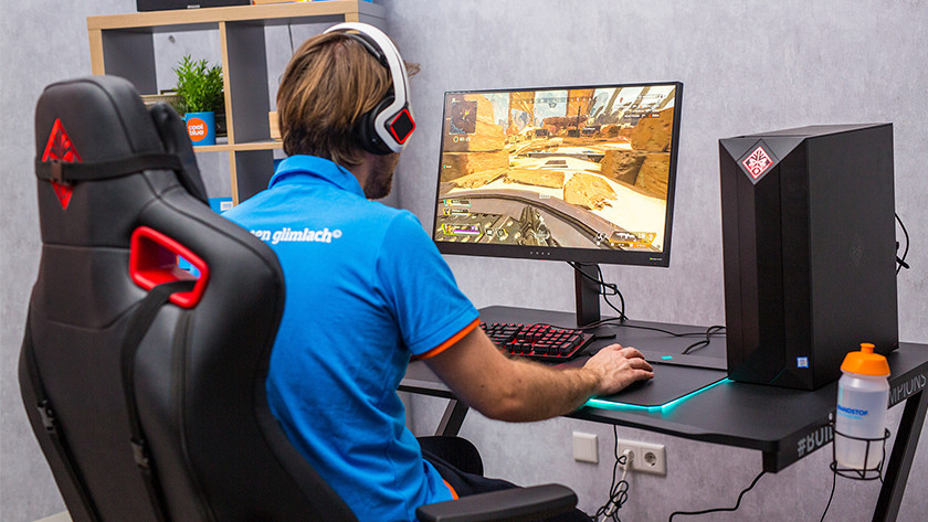 Specialist achter gaming laptop