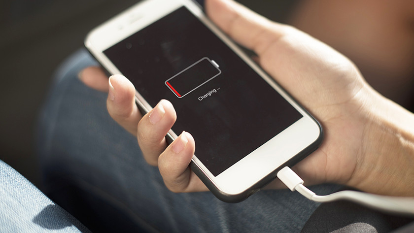 accu smartphone leeg
