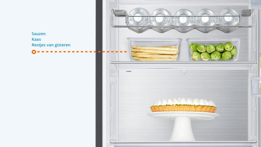 Midden in de koelkast