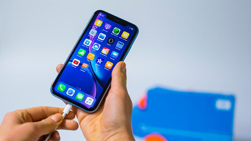 iPhone Xr opladen