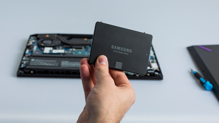 Energy-efficient SSD
