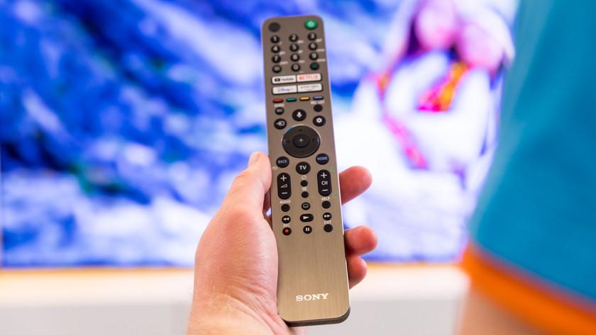 Afstandsbediening van de Sony A90J OLED tv