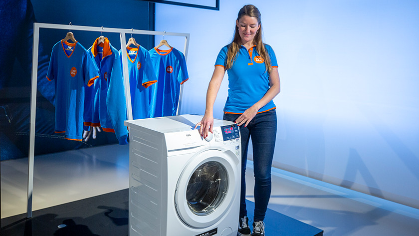 Specialists review AEG washing machine