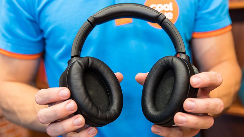 Over ear koptelefoon