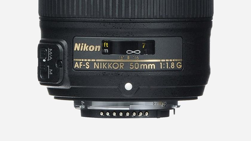Lens mounts