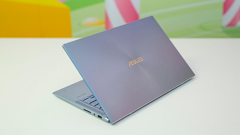 Asus ZenBook klep beeldscherm